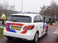Man in scootmobiel gewond door aanrijding met auto