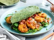 Wat Eten We Vandaag: Spinazietaco's met kokosgarnalen en salsa