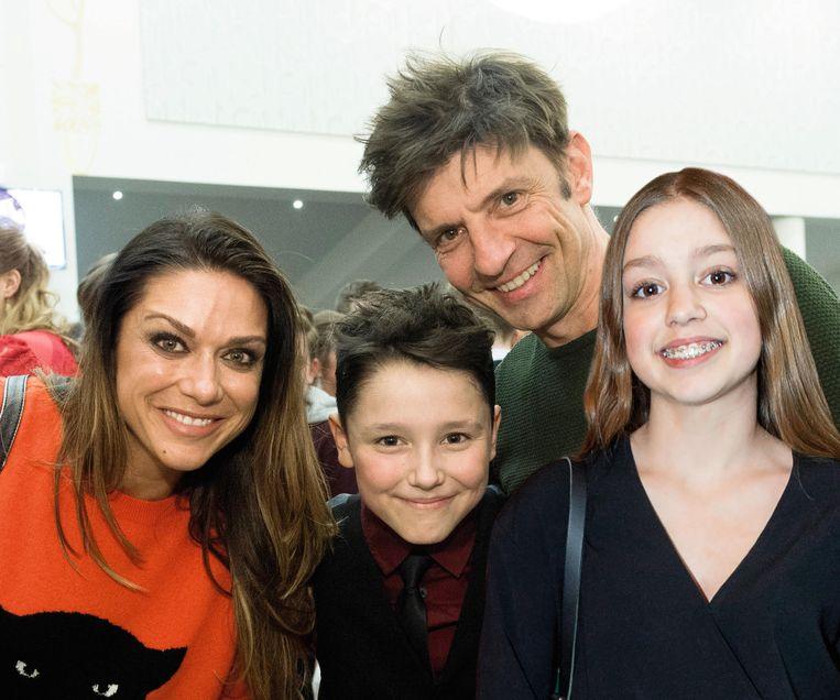 Koen en Valerie met hun zoon Nono en dochter Zita.