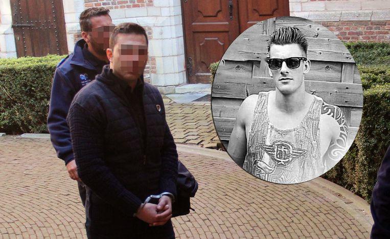 Ekrem S. aan de rechtbank van Turnhout (archieffoto). Foto rechts: slachtoffer Johnny Hensen (28). Ekrem S. stak Hensen op café neer met een vleesmes. Hij overleed ter plaatse.
