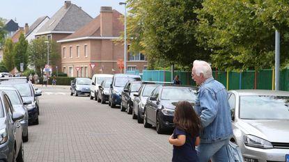 Sint-Niklaasberg wordt schoolstraat, als er een bord staat
