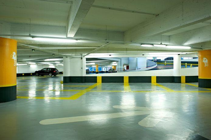 Volgens Interparking rijden in Brussel nog altijd de helft minder wagens onder hun slagbomen door.