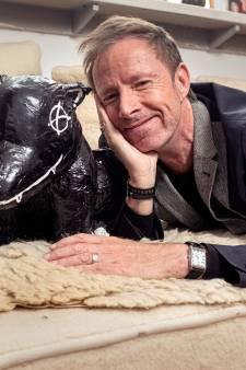 De stem achter Man bijt hond: 'Ik blaf nog net niet'