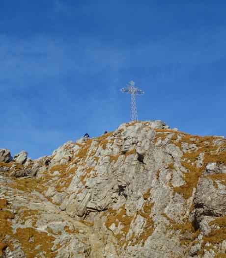 La foudre tombe sur des touristes dans les Tatras: cinq morts, des enfants blessés