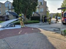 Monika (49) gedupeerd na autobrand in Vlissingen: 'Drempel is de oorzaak'