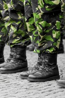 'Helft slaapbarakken militairen niet brandveilig: ook in Woensdrecht, Vught en Eindhoven'