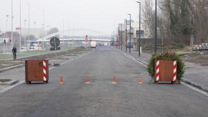 Twee-Bruggenstraat en Vrijdomkaai voortaan zone 30, knip moet het veiliger maken voor fietsers