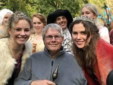Wiebe Uithof onderscheiden met Gouden Sprookjesei