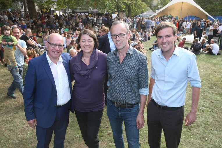 EU-commissaris Bulc samen met burg Termont, Watteeuw en De Clercq in Gent.