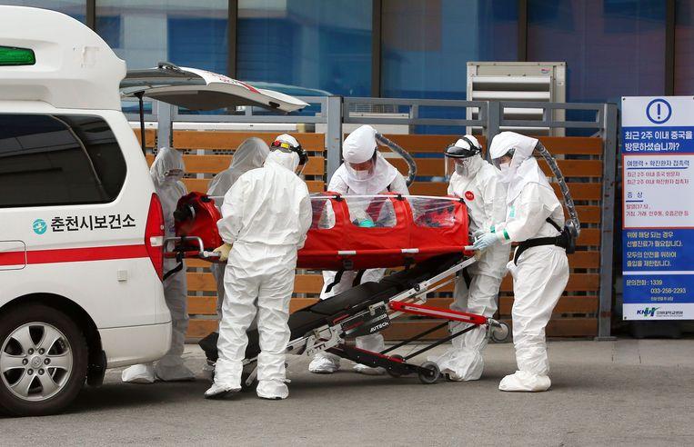 Het aantal nieuwe besmettingen met het coronavirus in Zuid-Korea is meer dan verdubbeld.