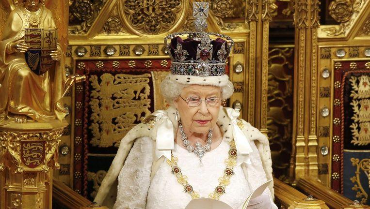 Koningin Elizabeth tijdens de troonrede. Beeld epa
