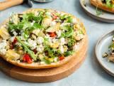 Broodpizza met gegrilde groenten en feta