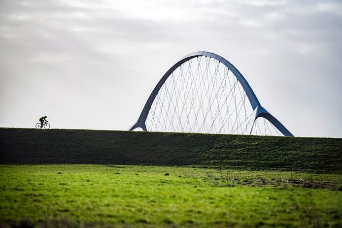 Stadsbrug De Oversteek in Nijmegen.