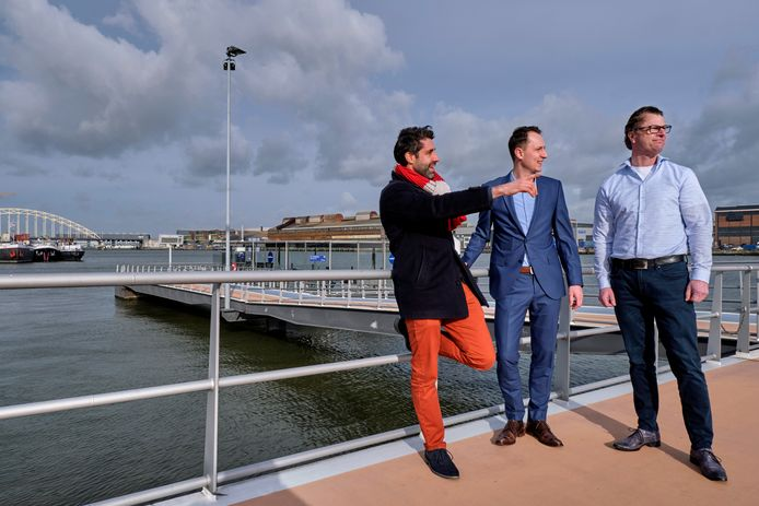 Elio Barone, Joost Weeda en Maurice van derMerché: watertaxi aanvulling op waterbus.