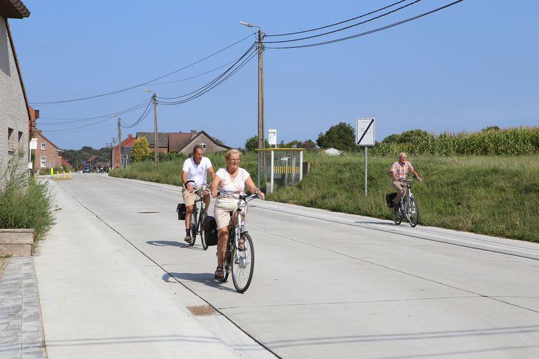 KORTENAKEN-verkiezingen-fietspaden Diestsestraat