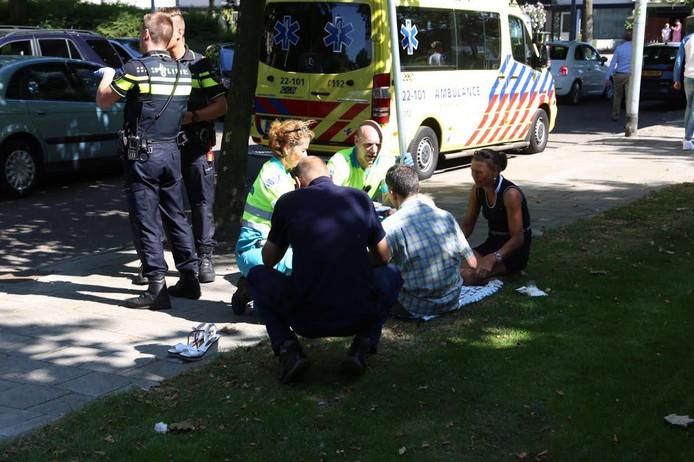 De man kon ter plekke worden geholpen aan zijn verwondingen