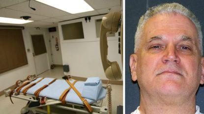 Texaan lacht en pest ex-vrouw terwijl hij dodelijke injectie krijgt voor moord op hun twee dochtertjes