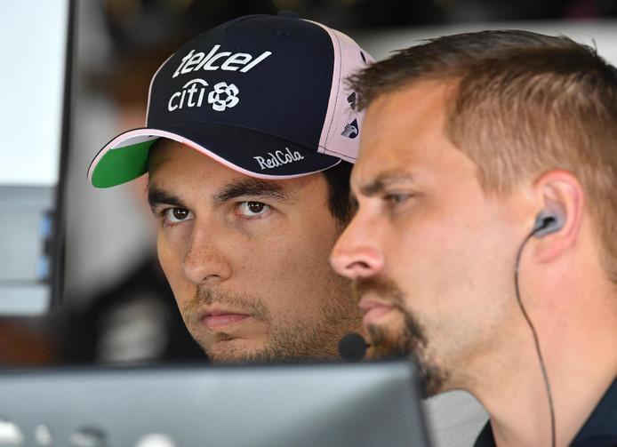 Sergio Pérez (links) is in beeld bij McLaren.