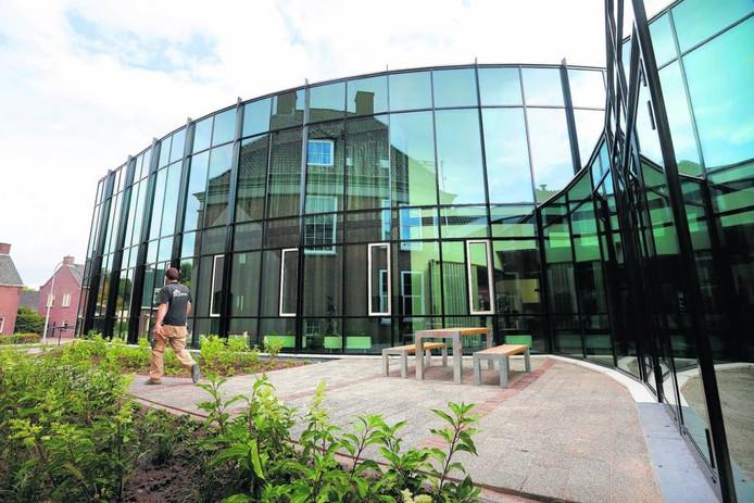 Het gemeentehuis in Opheusden.