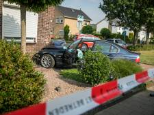 Auto ramt hoekwoning in Babberich