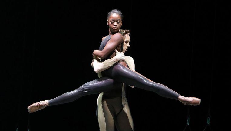 Michaela De Prince en James Stout in Homo Ludens. Beeld
