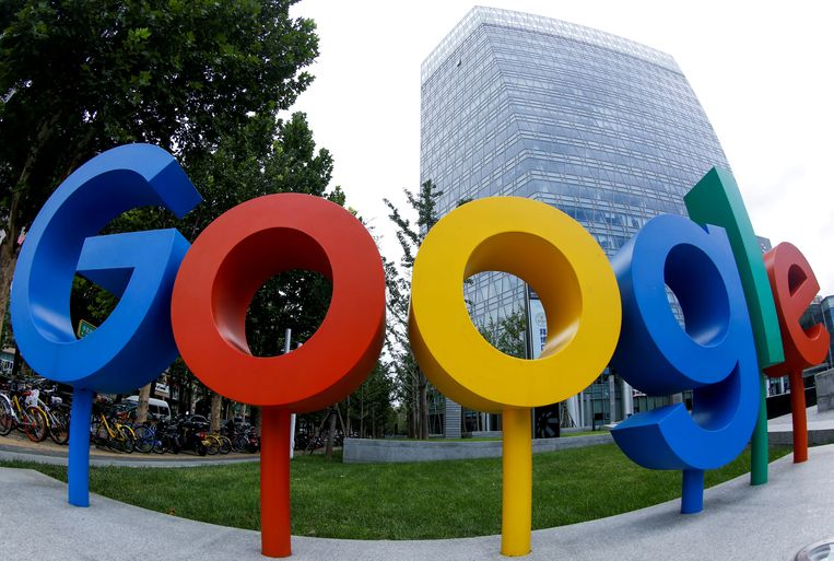 Google-logo in Peking  Beeld REUTERS