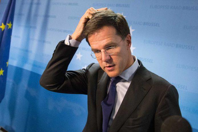 De zoveelste verdenking van een VVD-politicus is zeer pijnlijk voor partijleider Mark Rutte.