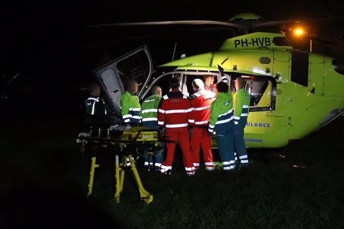 De man moest met de traumahelikopter naar het ziekenhuis