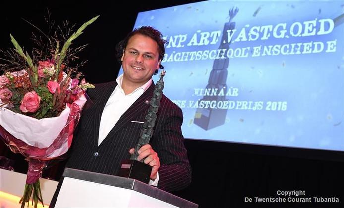 Directeur Ton harthoorn van Renpart Vastgoed is blij met de Twentse Vastgoedprijs.