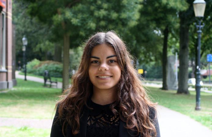 Deïanera wil eerst wat werkervaring opdoen in Nederland, maar sluit een vertrek naar het buitenland daarna niet uit.