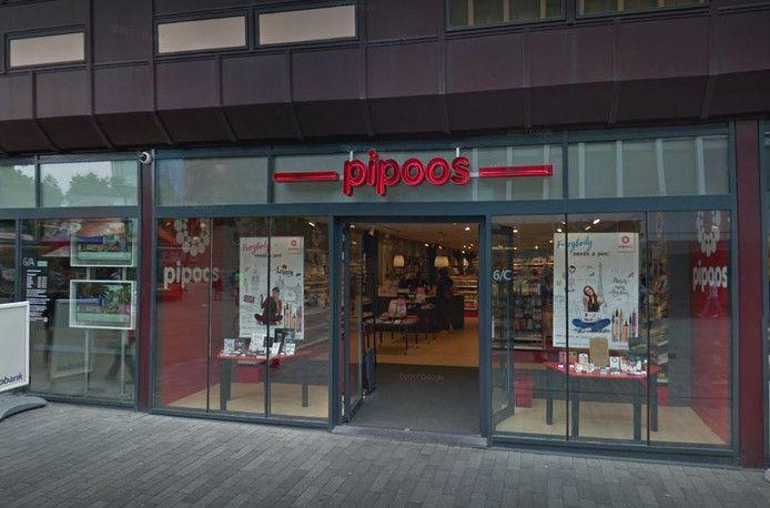 Hobbywinkel Pipoos aan het Binnenwegplein.