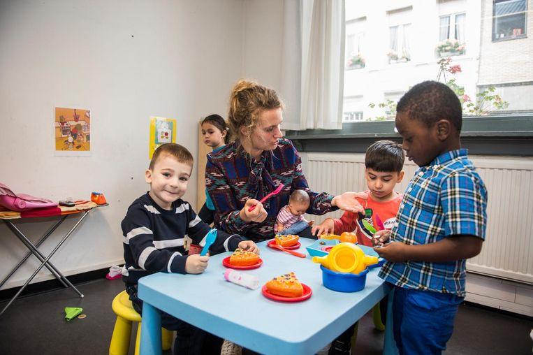 De kinderen van basisschool Elisabeth krijgen voor één dag een andere leerkracht.