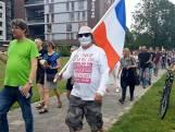 Coronademonstratie in Enschede: 'Ik wil mijn vrijheid terug'