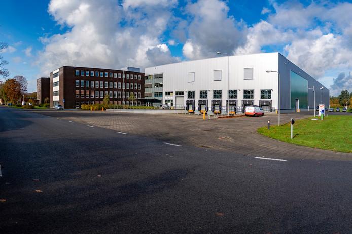 Het F-35 Regional European Warehouse / Logistiek Centrum Woensdrecht waar alle onderdelen van de F-35-straaljagers in de regio Europa worden opgeslagen, op Vliegbasis Woensdrecht.