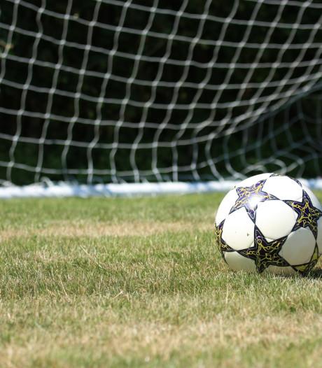 Nieuw Woensel gedegradeerd; Bergeijk besluit seizoen met grootste overwinning