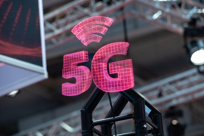 Na Vodafone starten ook KPN en T-Mobile nu al met 5G.