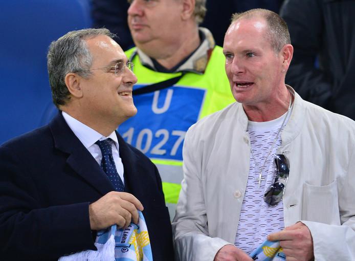 Lazio-voorzitter Claudio Lotito (l) met clublegende Paul Gascoigne in 2012.