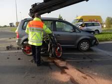 Motorrijder gewond na botsing met auto in Dinteloord