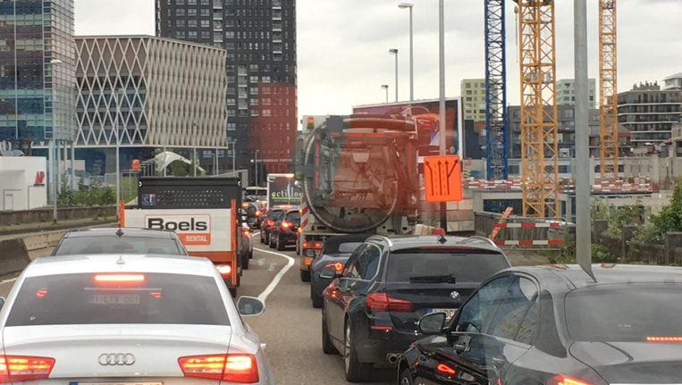 Op de Noorderlaan richting stad is het aanschuiven geblazen.