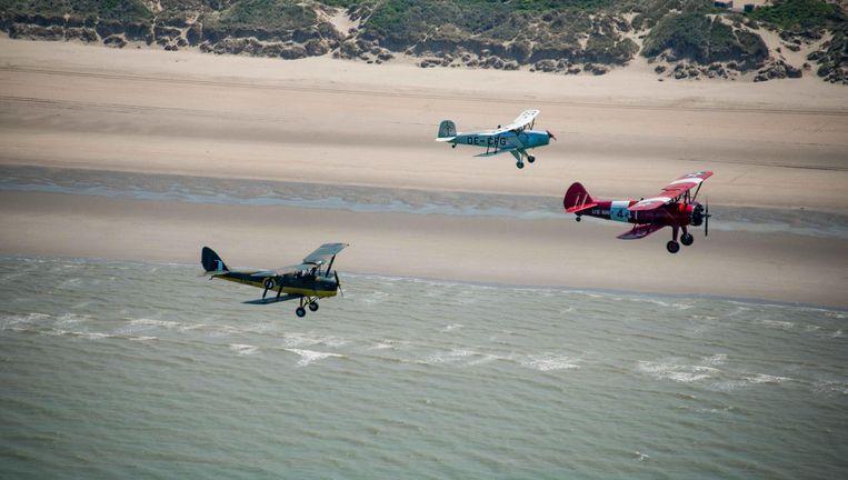Gelijkaardige vliegtuigjes zullen vier dagen in juni opstijgen en landen op het strand.