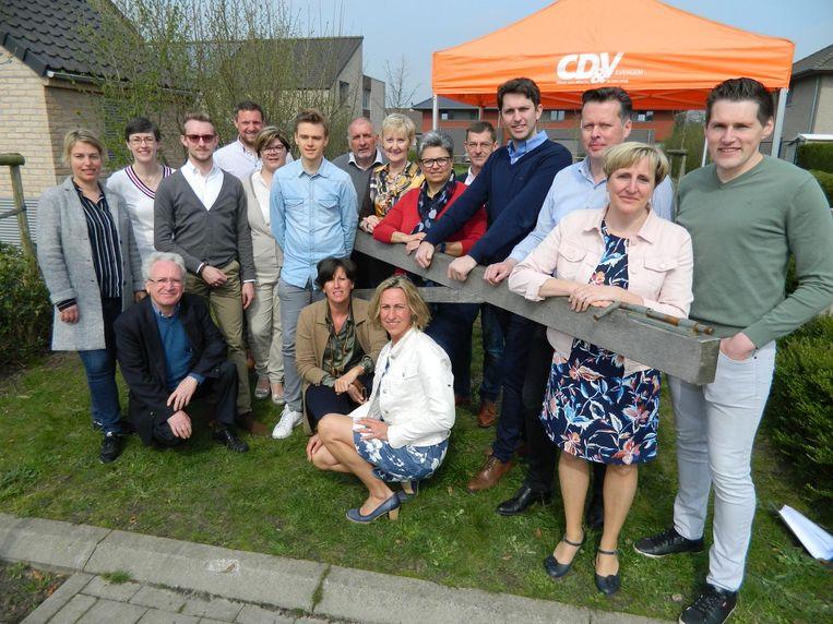 De nieuwe CD&V-ploeg met uiterst rechts Jonas De Wispelaere, Kerste Van Grembergen en Bart Van de Velde.