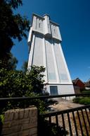 De monumentale watertoren aan de Reggestraat.
