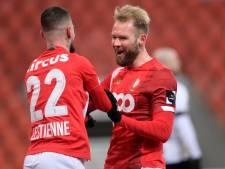 EN DIRECT: pas de penalty pour Charleroi, Lestienne gaspille (2-1)