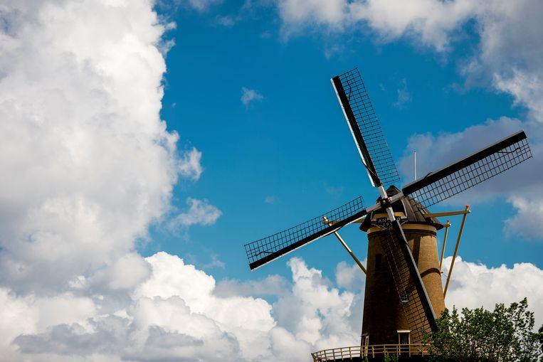 Een molen in Schiedam. Beeld null