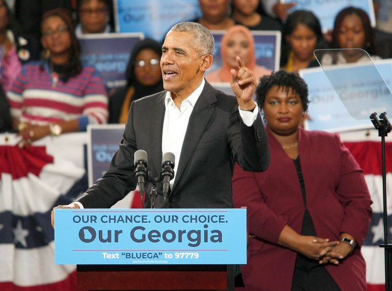 Stacey Abrams (achteraan rechts) werd de voorbije campagne gesteund door ex-president Barack Obama.