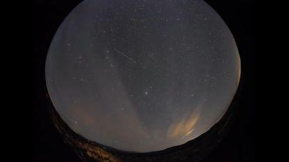 Timelapse brengt vallende sterren prachtig in beeld