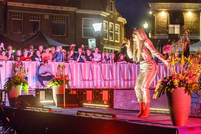 Muziekfestival Blokzijl in de haven, met optredens van onder meer Glennis Grace ©Martijn Bijzitter
