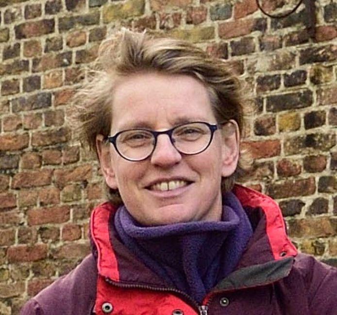 Anke Steffers heeft afspraken gemaakt met de bakker en de kaasboer om zonder mondkapjes door het leven te kunnen gaan.