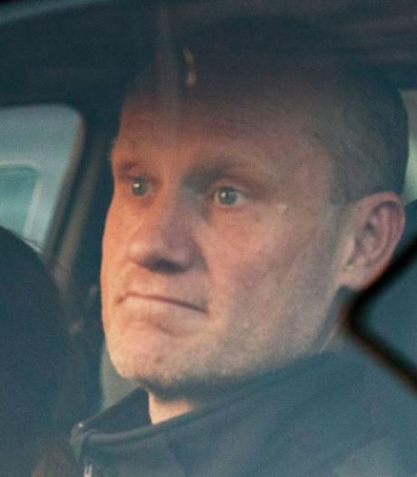 Minister: 'Soepele meldplicht Volkert niets te maken met emigratieplannen'