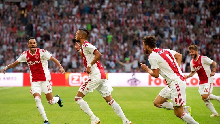 Ziyech viert zijn treffer tegen Sturm Graz Beeld anp